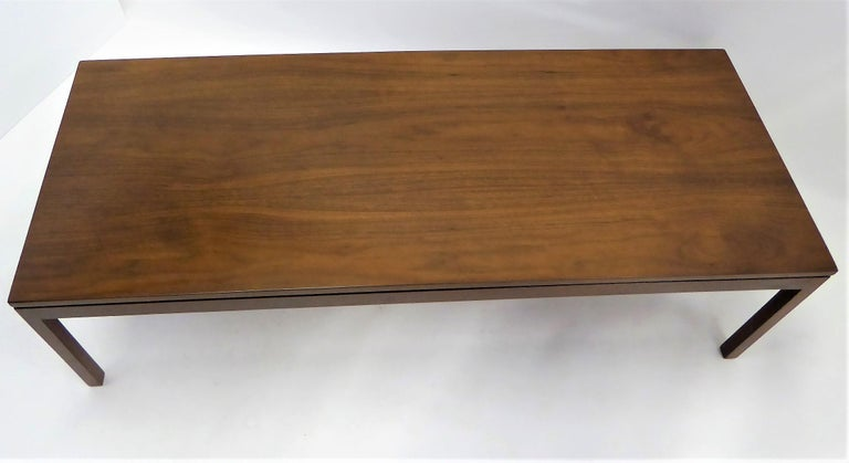 American Fine Long Figured Walnut Coffee Cocktail Table Camilo Miami, 1960s For Sale