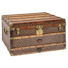"Fine Louis Vuitton Steamer Trunk with Stenciled Marking, ""Shoes"""