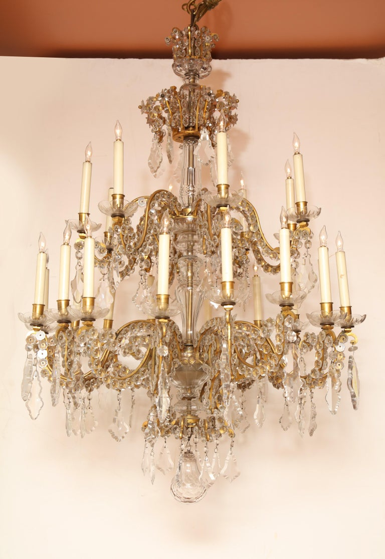 Fine Louis XV Crystal and Bronze 24-Light Chandelier For Sale 8