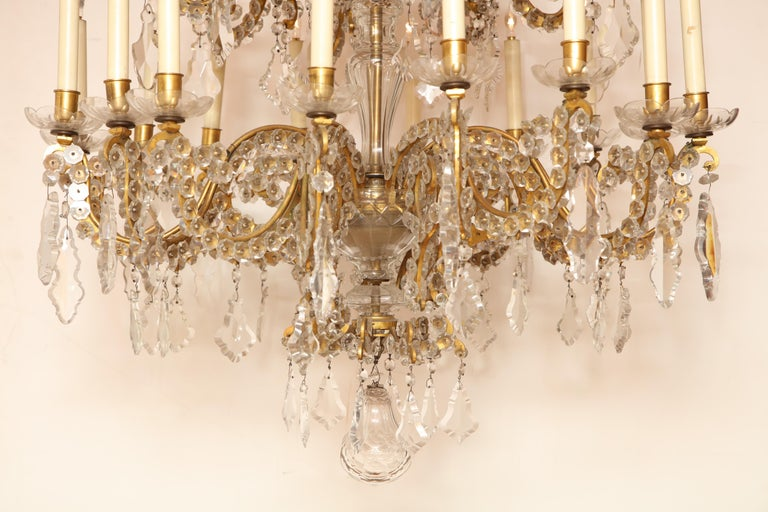 Fine Louis XV Crystal and Bronze 24-Light Chandelier For Sale 9