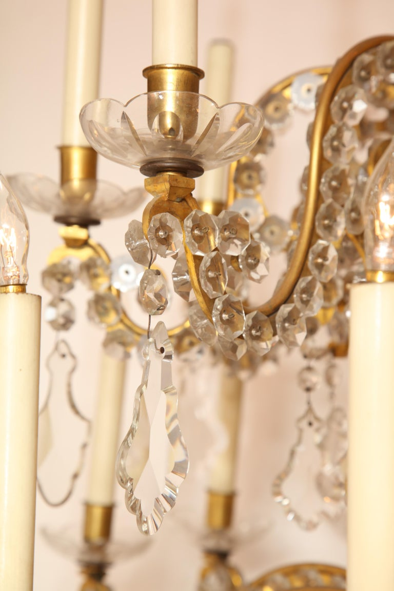 Fine Louis XV Crystal and Bronze 24-Light Chandelier For Sale 11