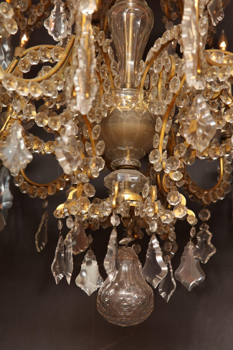 Fine Louis XV Crystal and Bronze 24-Light Chandelier For Sale 2