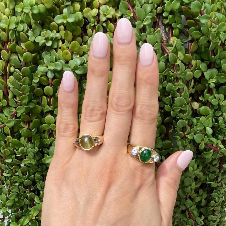 Modernist Fine Men's Jade and Diamond 3-Stone Gold Signet Ring Estate Fine Jewelry For Sale