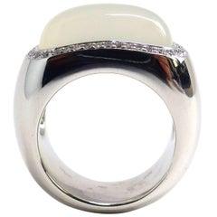 Fine Moonstone 18k White Gold Ring