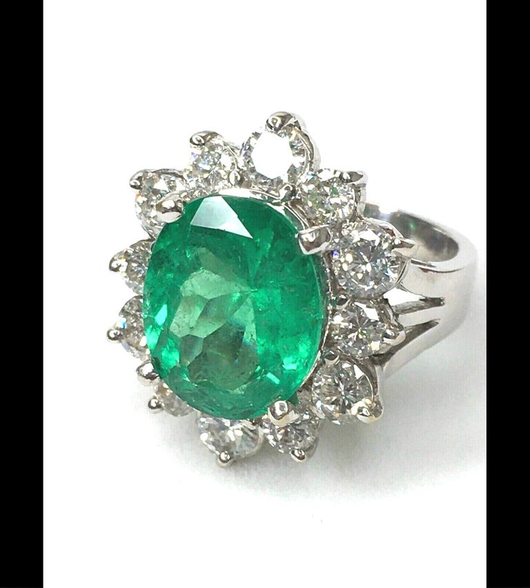 Art Deco Fine Natural Colombian Emerald Diamond Ring 18 Karat White Gold For Sale