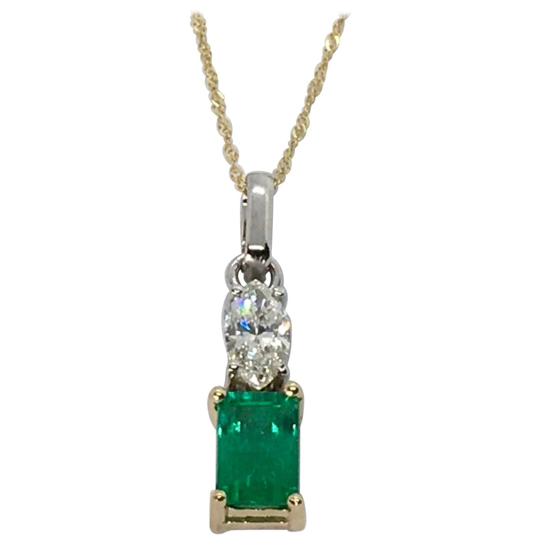 Fine Natural Colombian Emerald Diamond Solitaire Pendant Drop Necklace 18 Karat