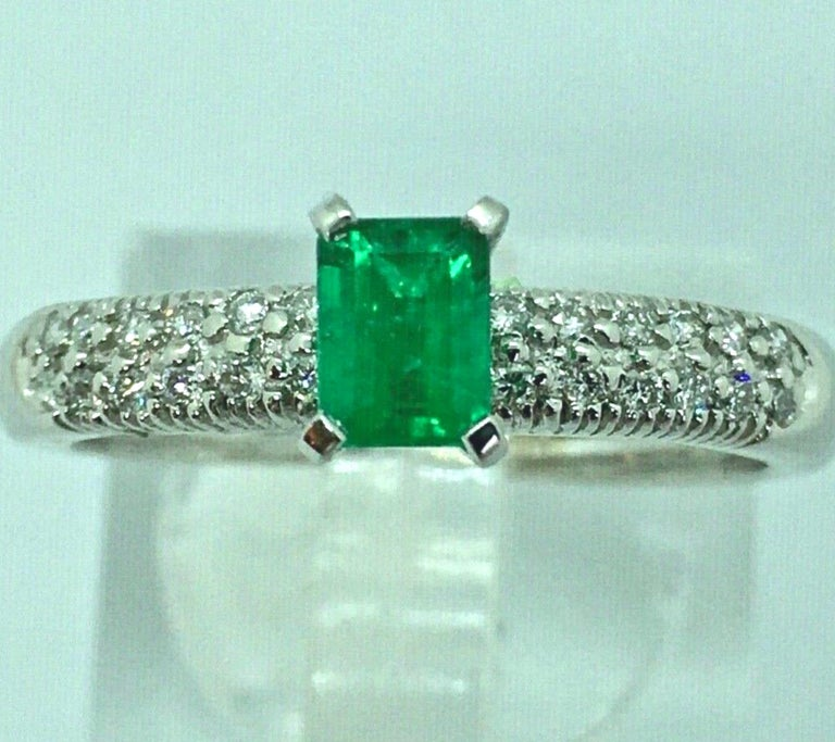 Women's Fine Natural Colombian Emerald Pave Diamond Engagement Ring For Sale