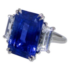 Fine Natural Sapphire and Diamond Ring