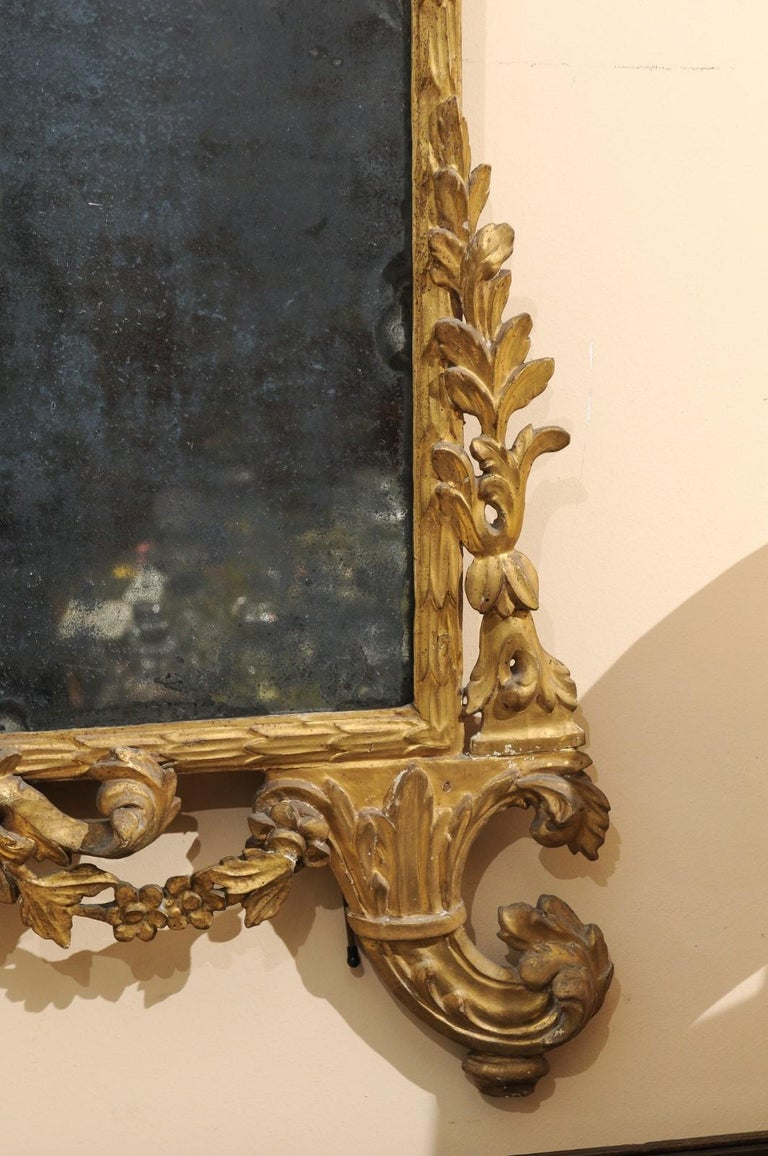 Fine Neoclassical Italian Giltwood Carved Dolphin Crest Mirror, circa 1780 For Sale 2