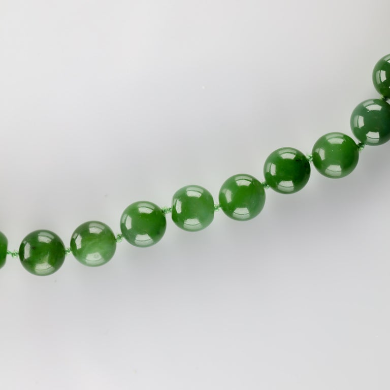 Women's Fine Nephrite Bead Necklace from Midcentury For Sale