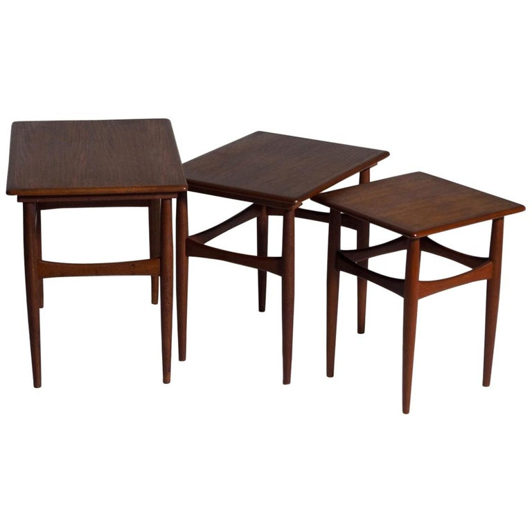 Fine Nesting Tables in Teak, Danish Architect, 1960s For Sale