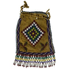 Fine Old Native American Indian Central Plains Beaded Bag