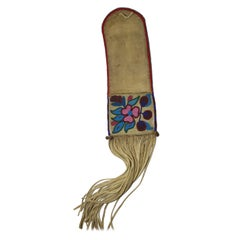 Fine Old Native American Ojibwe Beaded Pipe bag