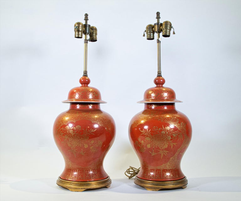 Fine pair Antique Chinese Export Orange Ground & 24K Gilt Vases Turned to Lamps In Good Condition For Sale In New York, NY