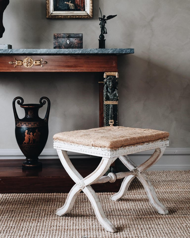 Hand-Carved Fine Pair of 19th Century Gustavian X Frame Stools For Sale