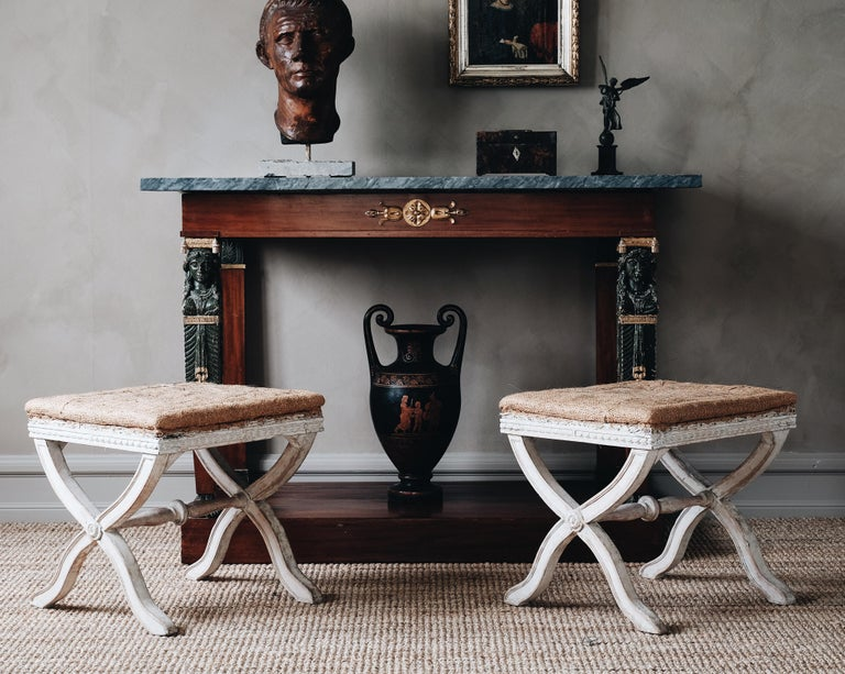 Fine Pair of 19th Century Gustavian X Frame Stools In Good Condition For Sale In Helsingborg, SE