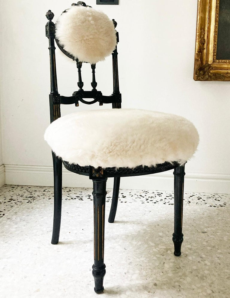 Fine Pair of Decorative Black Chairs with White Wool , Sicily Italy 1920's For Sale 5