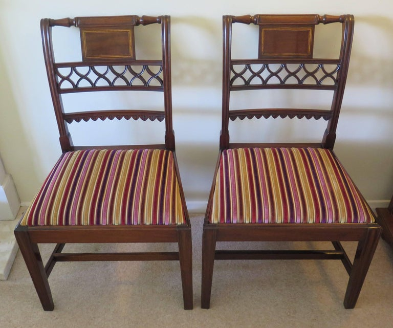 Hand-Crafted Fine Pair of Mahogany Dining Chairs, English George III Sheraton Period For Sale