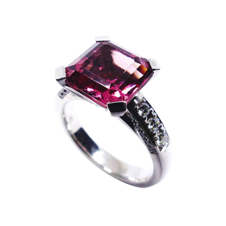 Fine Pink Tourmaline Diamond Solitaire 18K White Gold Cocktail Ring