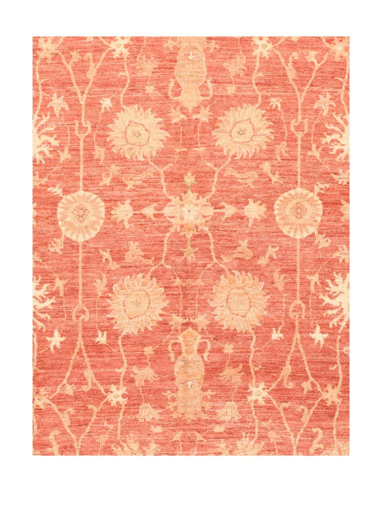 Fine Pishawar Pakistan rug, hand knotted Design: Floral  Peshawar is the capital of the Pakistani province of Khyber Pakhtunkhwa. Situated in the broad Valley of Peshawar near the eastern end of the historic Khyber Pass, close to the border with