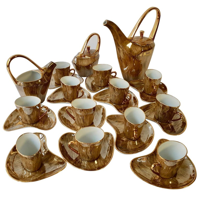 Fine Porcelain Tea and Coffee Set For Sale