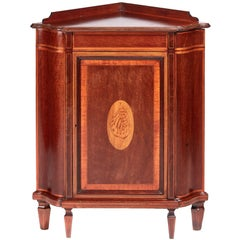 Fine Quality Edwards and Roberts Inlaid Mahogany Corner Cabinet