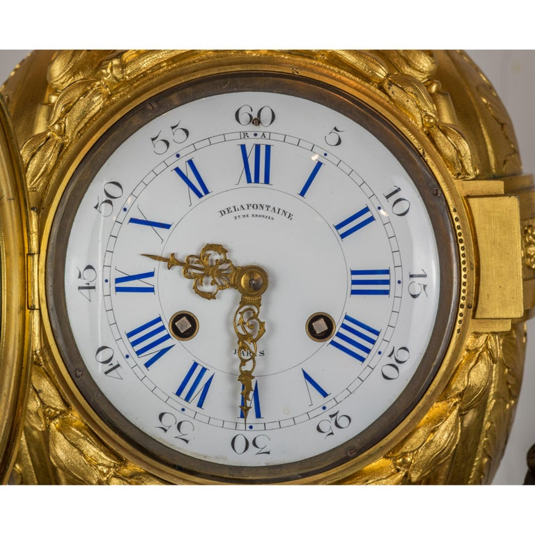 Fine Quality French Ormolu and White Marble Clock Set In Good Condition For Sale In New York, NY