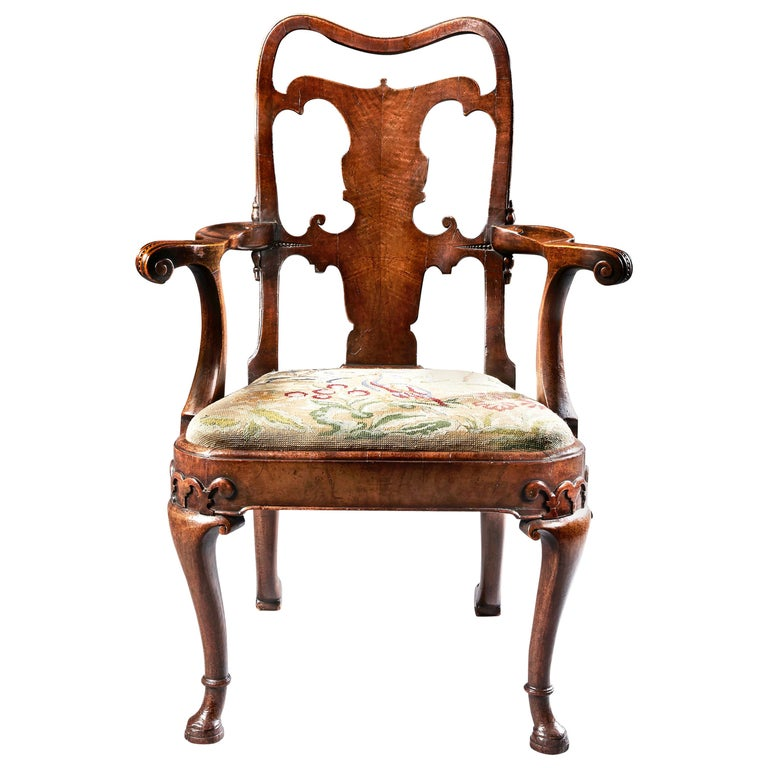 Fine Quality Mid 19th Century Walnut Open Armchair For Sale
