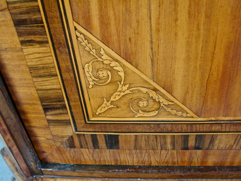 Fine Quality Neoclassical Period Dutch Inlaid Exotic Woods Secretaire Abattant For Sale 5