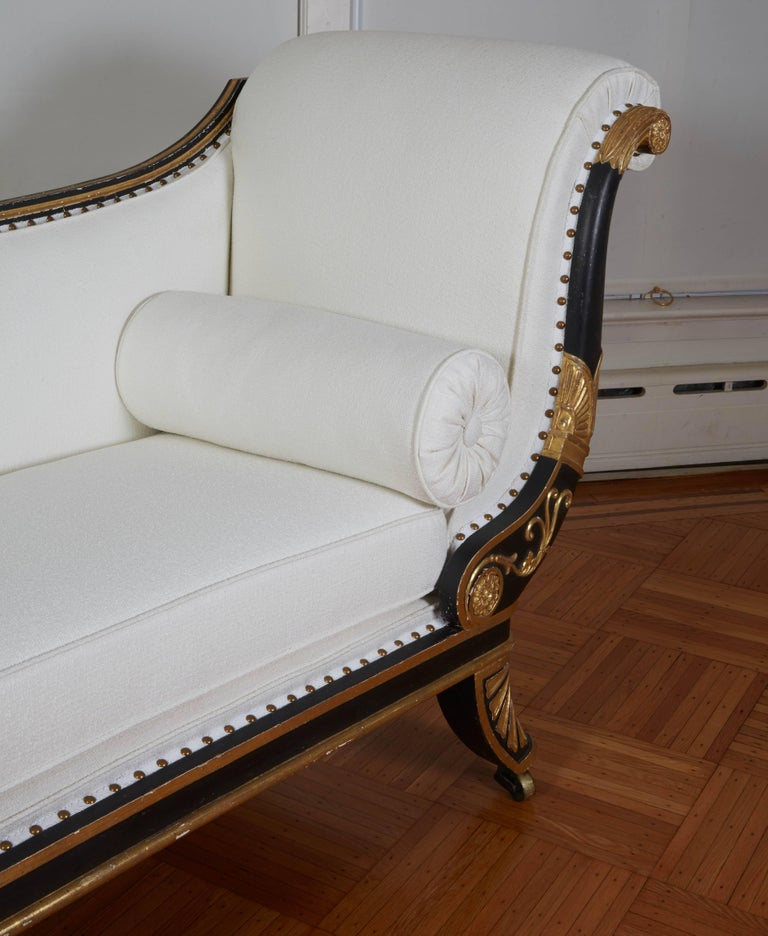 Fine Regency Black Painted and Gilt Daybed in the Manner of George Smith For Sale 3