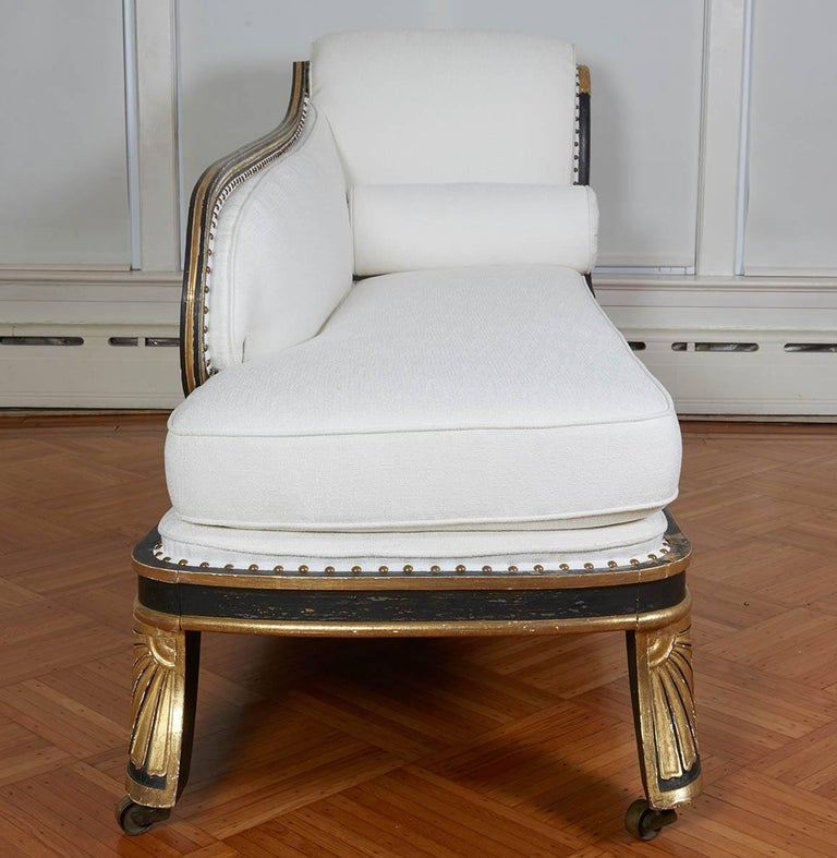Fine Regency Black Painted and Gilt Daybed in the Manner of George Smith For Sale 1