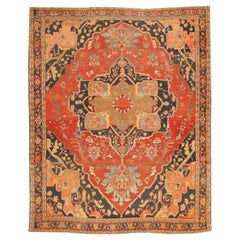Fine Room Size Antique Persian Serapi Rug. Size: 9 ft 9 in x 11 ft 11 in