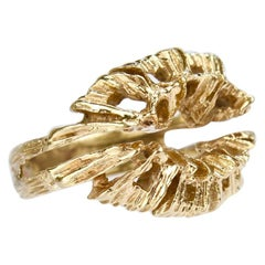 Fine Sculptural Brutalist 14 Karat Gold Ring with an Openwork Matrix