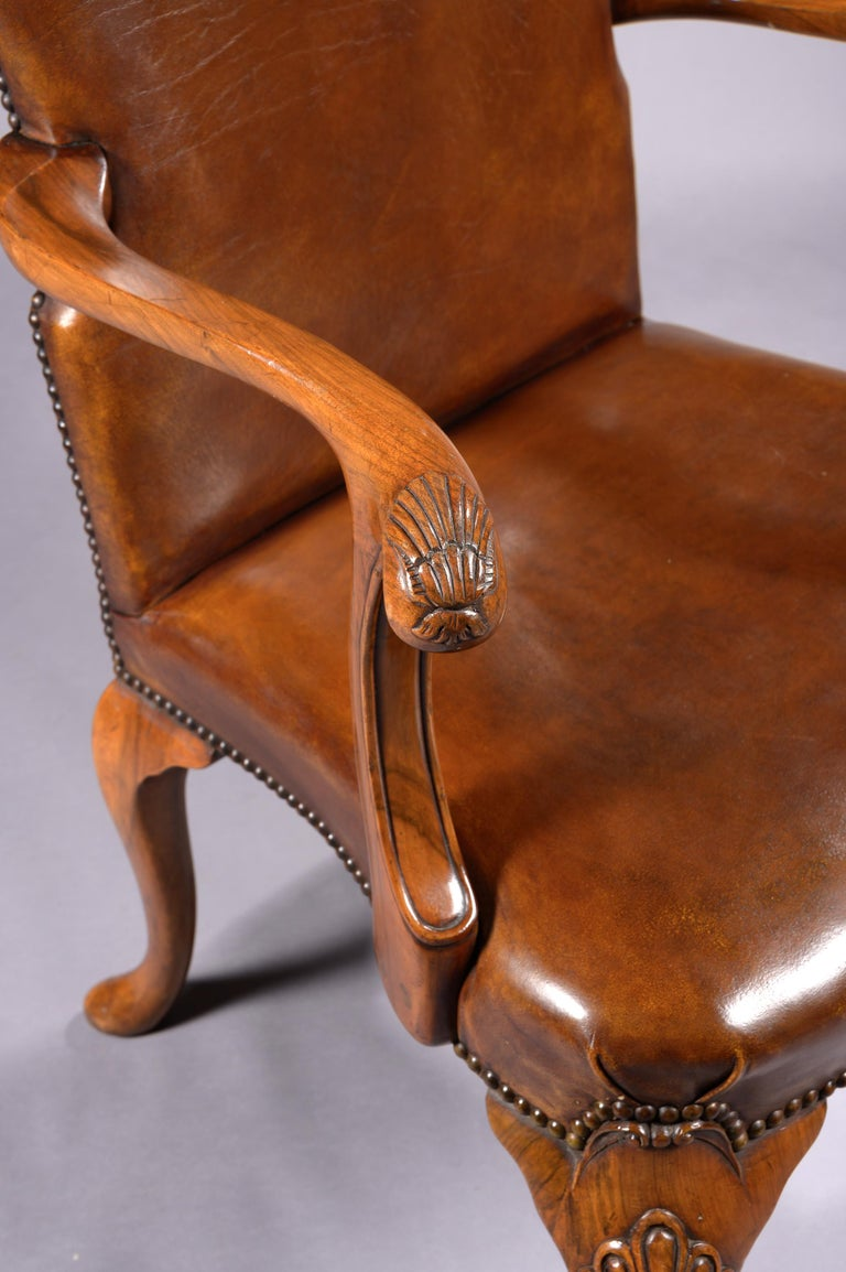 Fine Set of 8 '6 & 2' Generously Sized Antique Walnut and Leather Dining Chairs For Sale 7