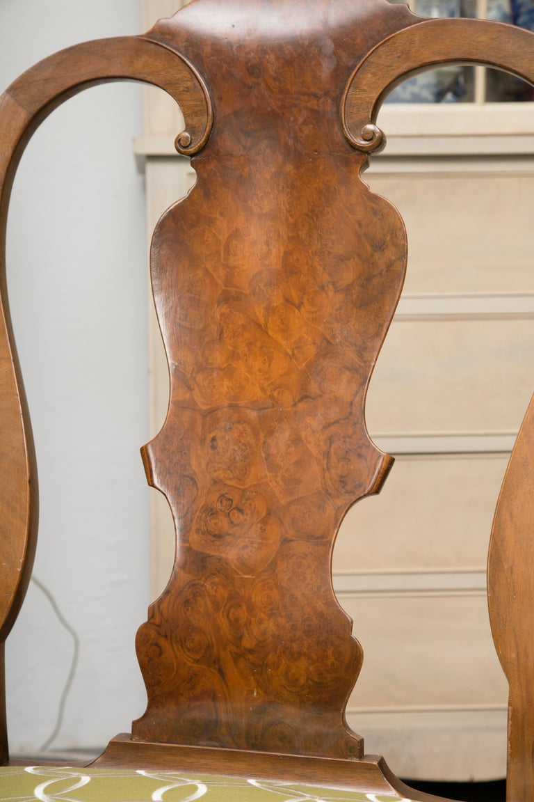 Fine Set of Eight, Queen Anne Style Walnut Dining Chairs For Sale 1