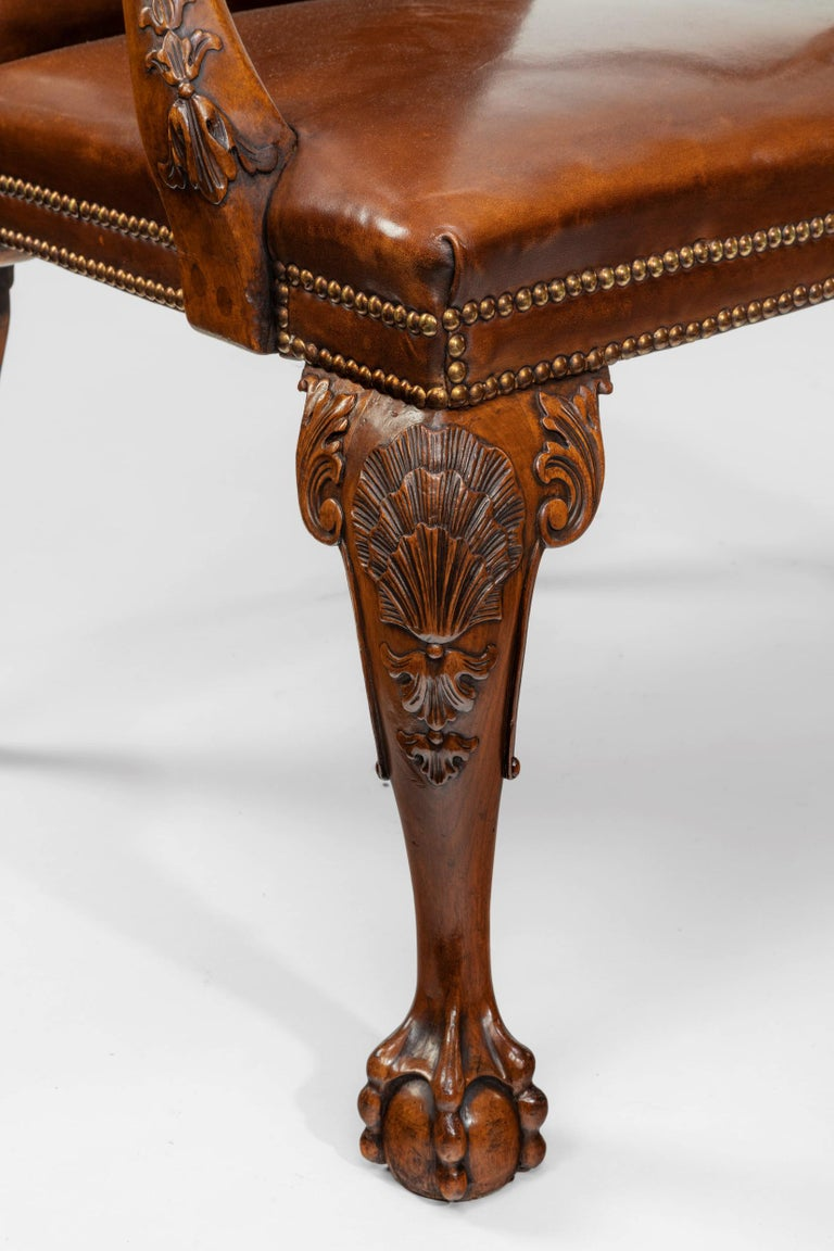 Fine Set of Eight Walnut and Leather Cabriole Leg Dining Chairs Queen Anne Style For Sale 1