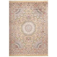"Fine Silk and Gold Thread Vintage Tabriz Persian Rug. Size: 9' 11"" x 13' 5"""