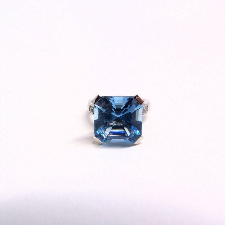 Fine Special Cut Aquamarine Diamond 18K Gold Solitaire Ring For Sale 1