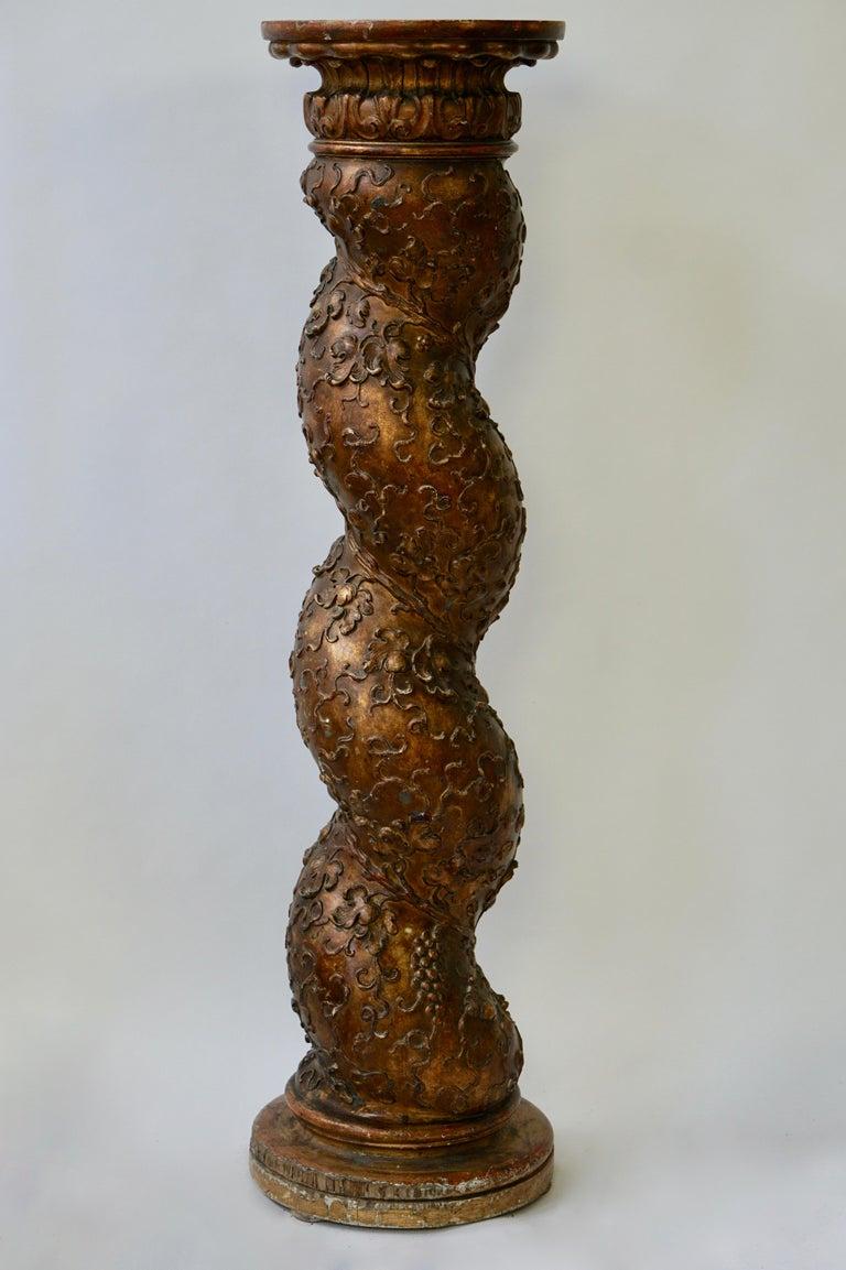 Feine spiralig gedrehte vergoldeten Säule 2