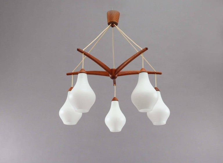 Fine Swedish Teak and Glass Octopus-Shaped Chandelier, 1950s-1960s In Excellent Condition For Sale In Vienna, Vienna
