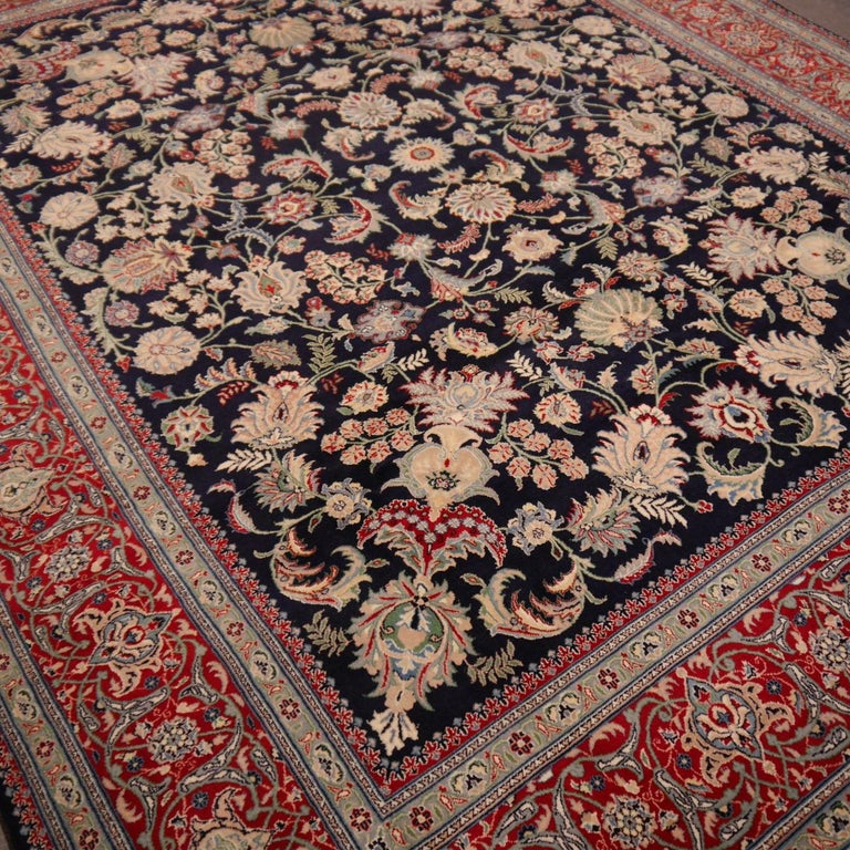 8 x10 ft Fine Tabriz Style Area Rug Hand Knotted Wool Pile Blue and Red For Sale 4