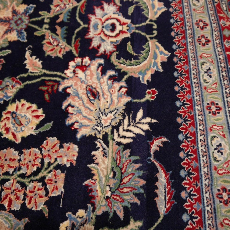 8 x10 ft Fine Tabriz Style Area Rug Hand Knotted Wool Pile Blue and Red In Good Condition For Sale In Lohr, Bavaria, DE