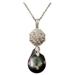 Fine Tahitian Pearl 14 Karat Ladies Necklace Certified