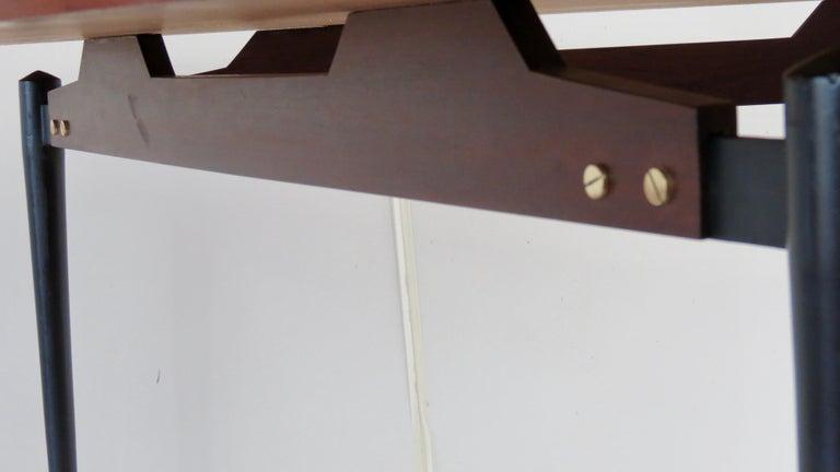 Fine Three Feet Silvio Cavatorta Large Teak Triangular Round Dining Table, 1950 For Sale 7