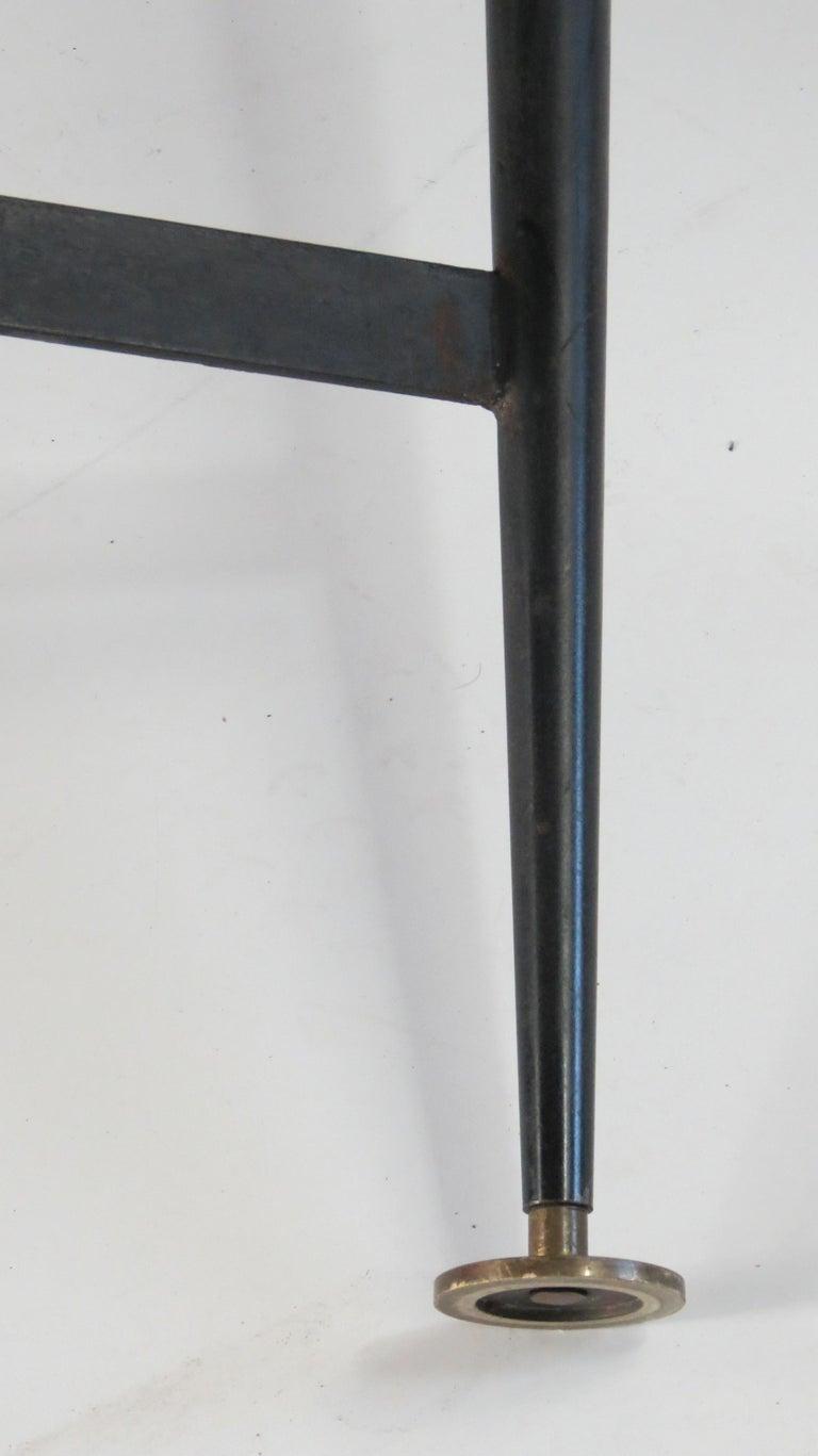 Fine Three Feet Silvio Cavatorta Large Teak Triangular Round Dining Table, 1950 For Sale 8