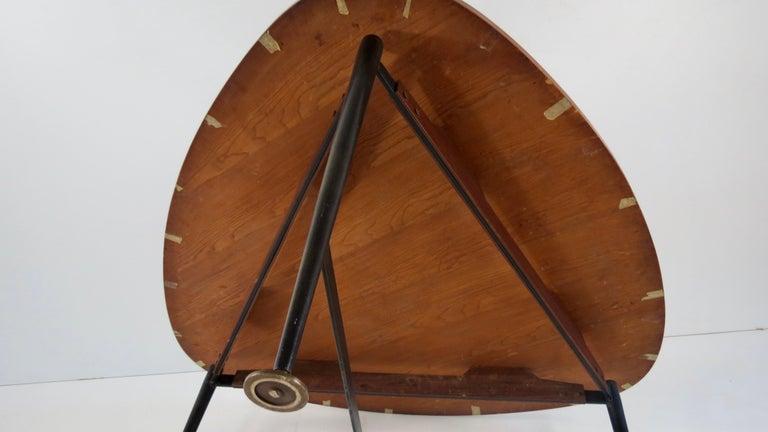 Fine Three Feet Silvio Cavatorta Large Teak Triangular Round Dining Table, 1950 For Sale 12