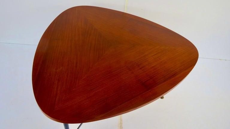 Brass Fine Three Feet Silvio Cavatorta Large Teak Triangular Round Dining Table, 1950 For Sale