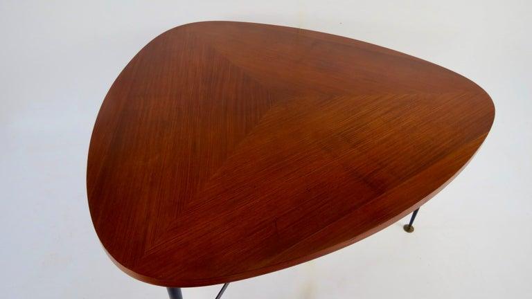 Fine Three Feet Silvio Cavatorta Large Teak Triangular Round Dining Table, 1950 For Sale 1