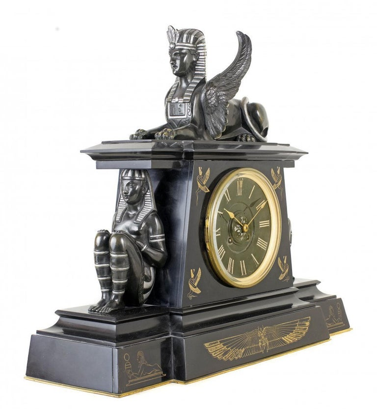 Fine Three-Piece Clock Garniture, France In Good Condition For Sale In Palm Beach, FL