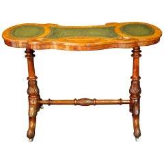 Fine Victorian Burl Walnut Kidney Desk